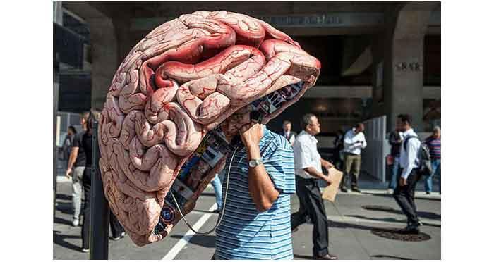 2_human_brain_creative_phone_booth