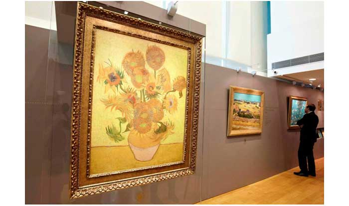 fujifilm-and-van-gogh-museum-partner-for-3d-printing-near-flawless-art-replicas-Relievos-hong-kong