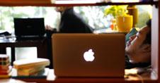 thumb-15-hal-yang-membuat-betah-di-coffee-shop