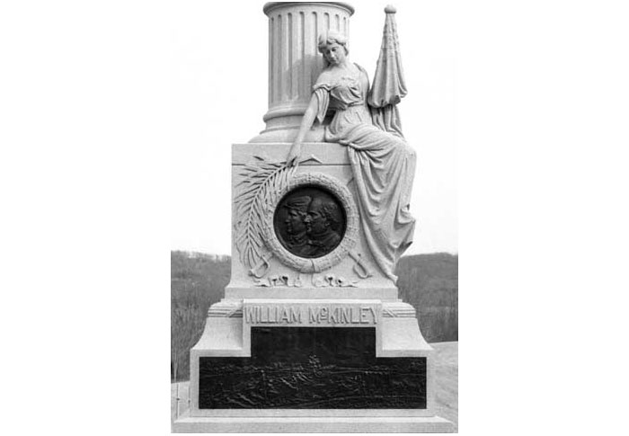 monumen-WILLIAM-McKINLEY