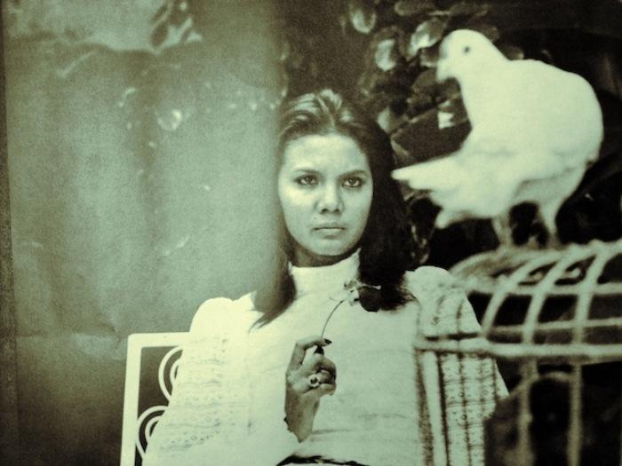 Christine Hakim dalam Badai Pasti Berlalu (sumber gambar: jakartavintage.co)