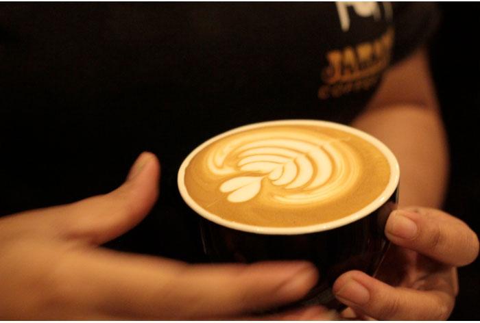 cappuccino-dan-caffe-latte-2