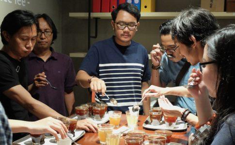 coffee-tasting-5758-coffee-lab2